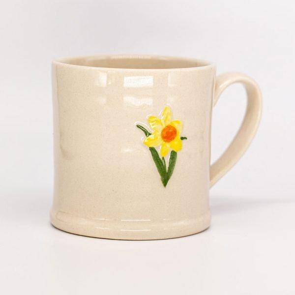 Gisela Graham ceramic daffodil mug